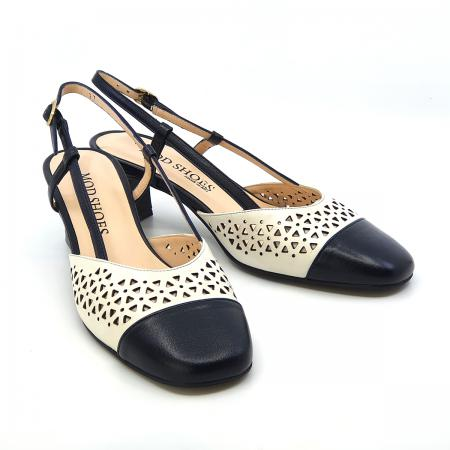 modshoes-the-beryl-in-navy-and-cream-ladies-vintage-retro-slingback-shoes-014