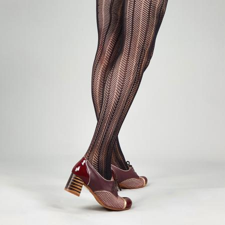 modshoes-tights-ladies-retro-vintage-italian-arrow-crochet-black-05